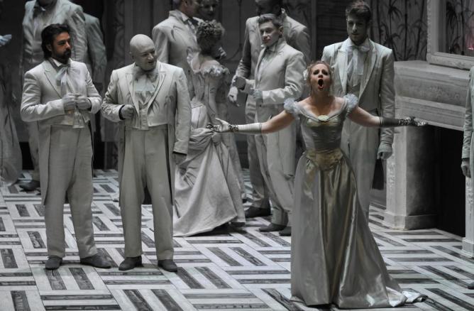 Gastone (Yvan Rebeyrol) Traviata / Nathalie Manfrino / Antonio Gandia
